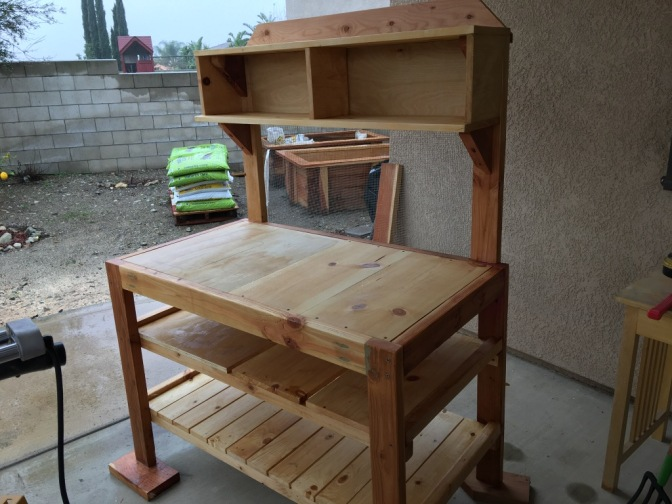 Scrap wood into potting bench